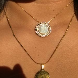 Jewelry - Virgen Mary Round Pearl Chocker Necklace